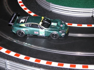 Scalextric Aston DBR9, slot car reviews, Scalextric slot cars