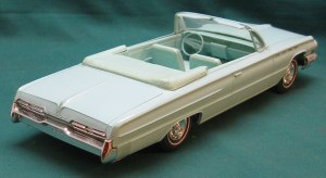 62 BUICK ELECTRA 225 CONV, Wheat's nostalgia, 1/25th scale dealer promotional model cars
