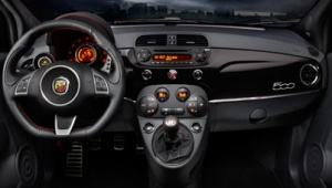 Fiat 500 Abarth interior