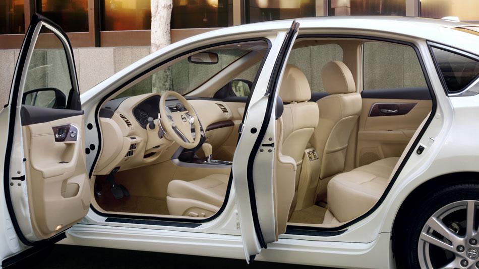 2013 Nissan Altima 2 5 Sv Savage On Wheels