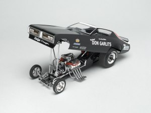 Auto World recreates the blossy black Don Garlits funny car.