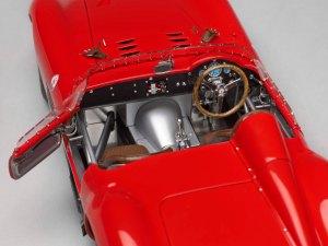 Filename: MOD-DC0213_Maserati05.psd