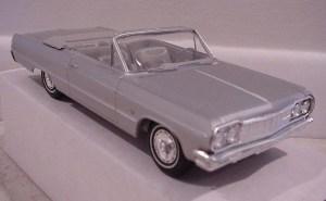 64_Impala promo model_front
