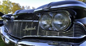 1960-Chrysler-Imperial-Front end