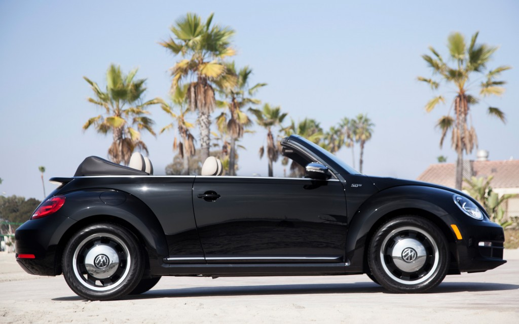 2013 Volkswagen Beetle Convertible 50s Edition Savage On
