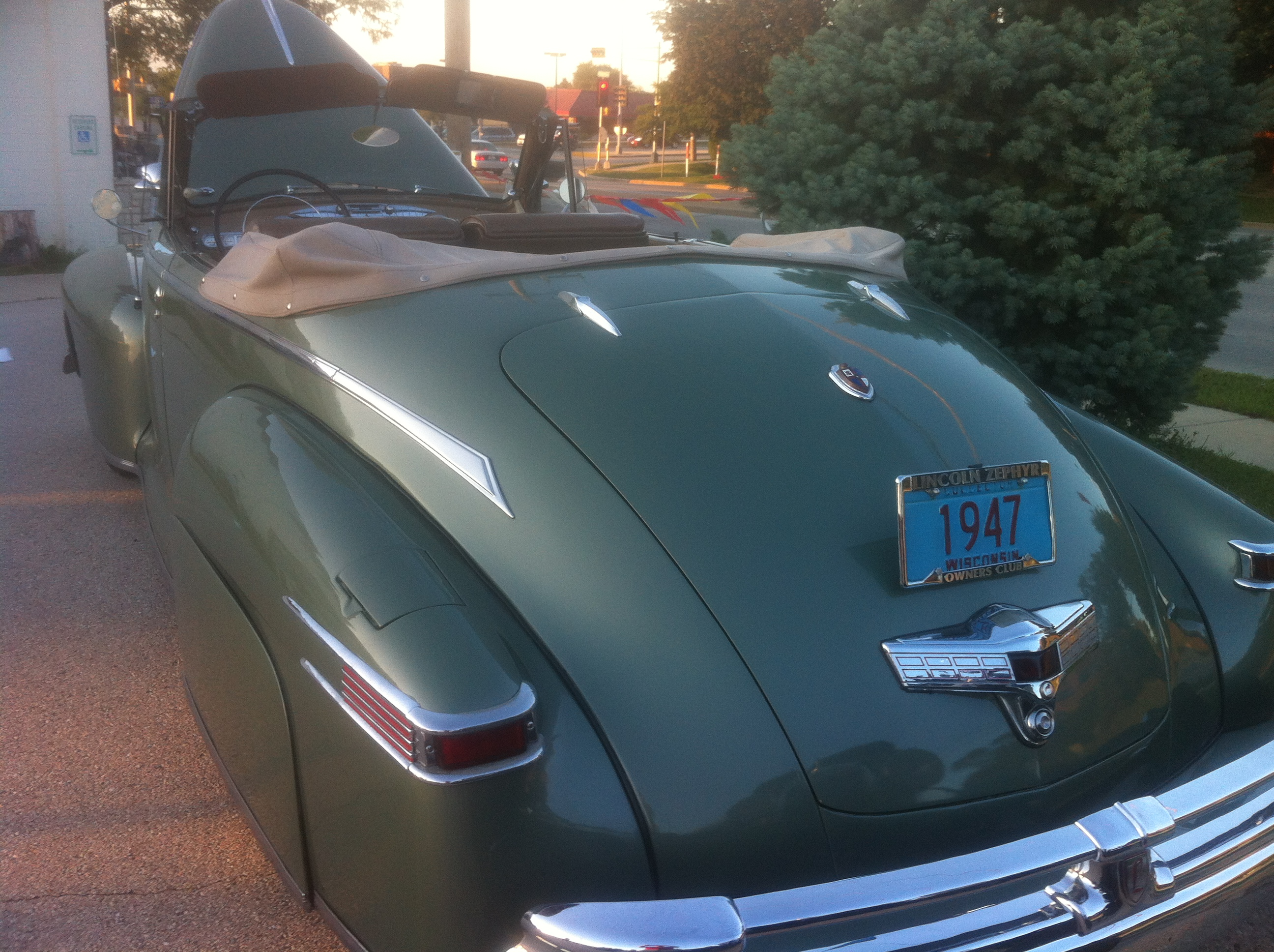 Chasing Classic Cars A Lincoln That Rode Like The Wind Savage On
