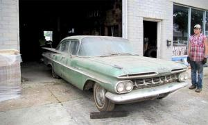 Lambrecht-Chevrolet-auction-Impala--sedan