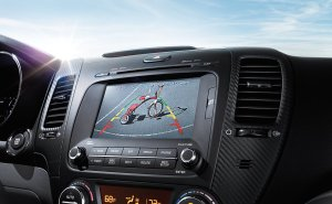 Kia delivers a handsome dash and easy controls for the radio