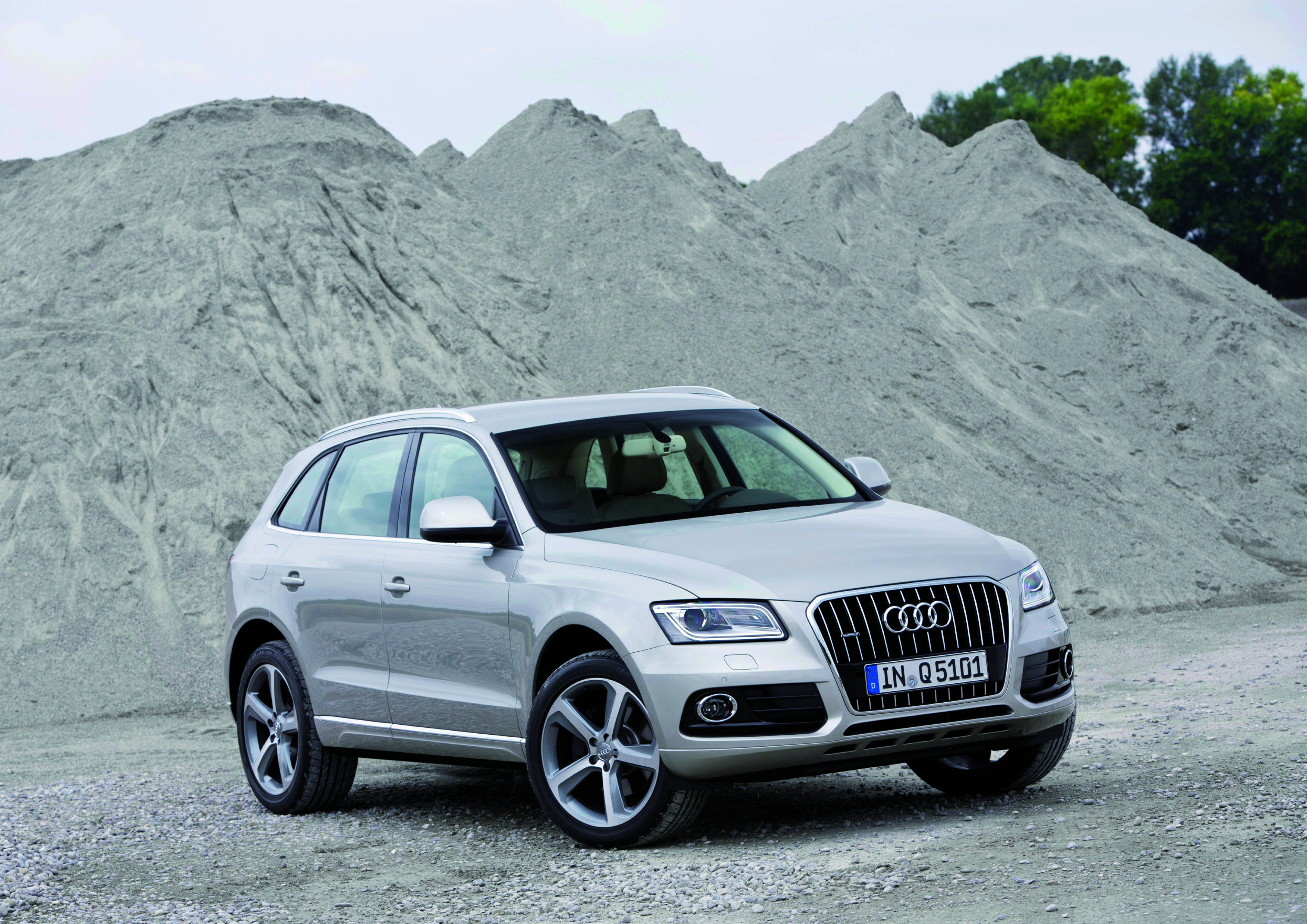 2014 audi q5 tdi quattro savage on wheels. Black Bedroom Furniture Sets. Home Design Ideas