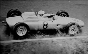 Jo Bonnier drive the Porsche 804 in 1962.