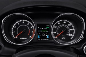 The Outlander's gauges are easy to see.