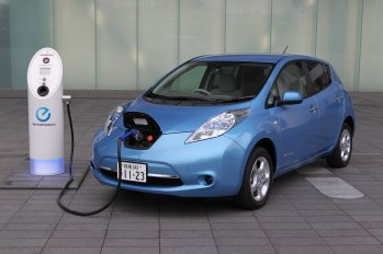 cars guys should never be seen driving in, electric cars