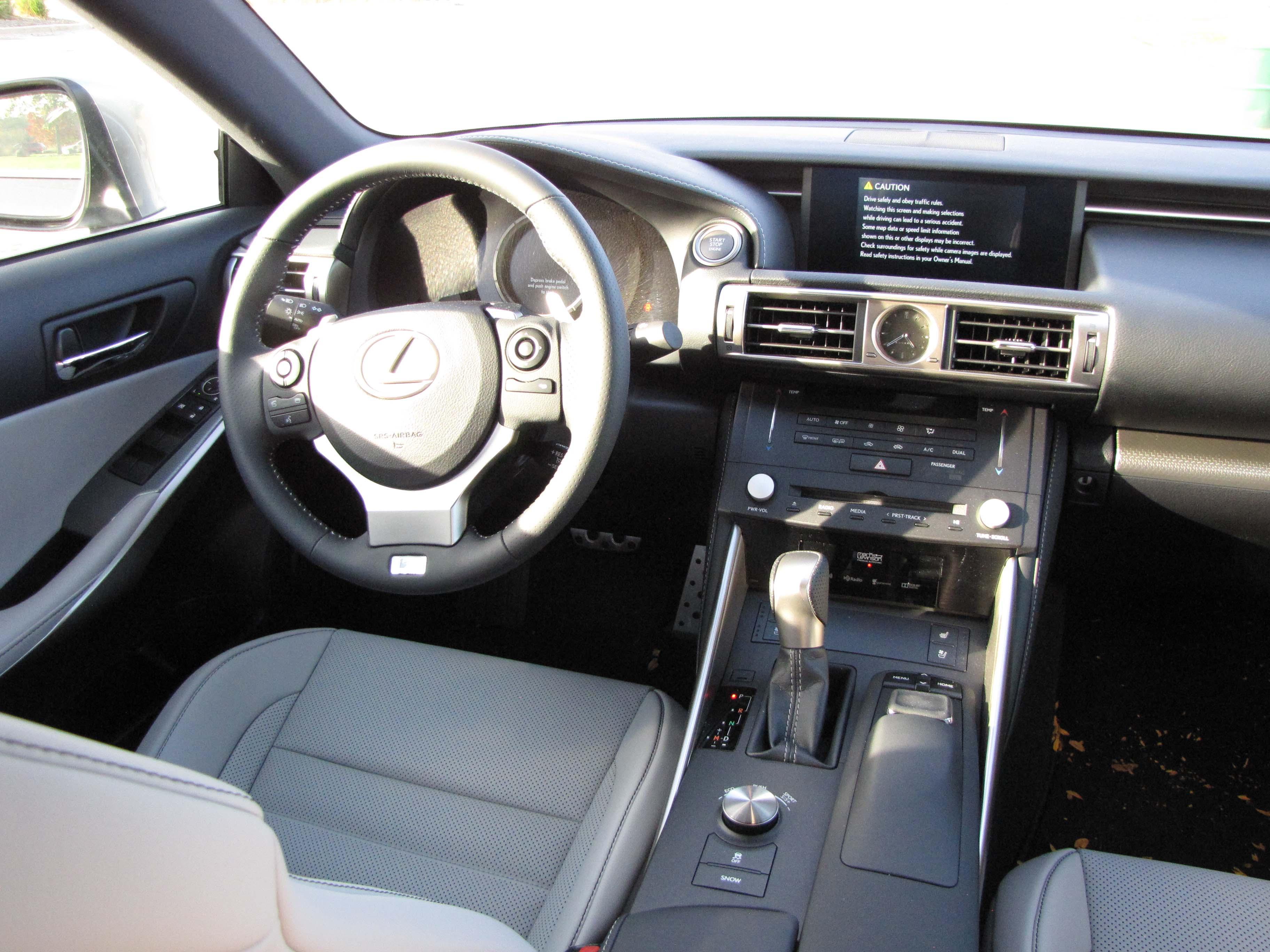 2015 Lexus IS350