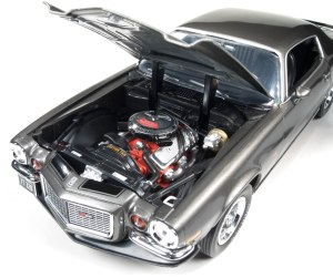 Auto World delivers nice under hood detail for the price.