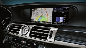 The nav/radio screen is wide and excellent to view.