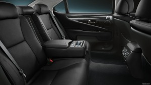 The rear seat is loaded with functions, including heat and seat heat controls.