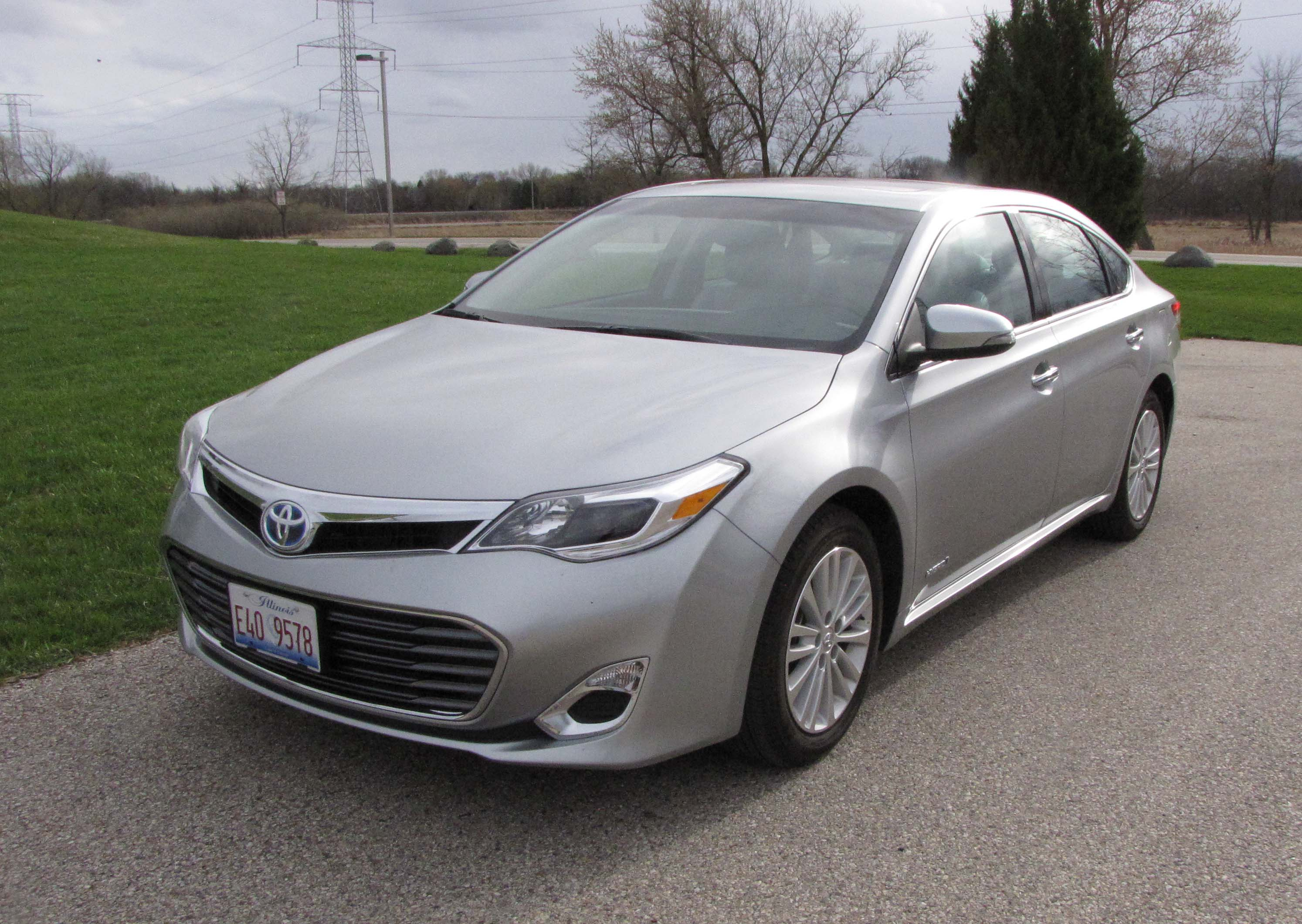2015 toyota avalon hybrid savage on wheels. Black Bedroom Furniture Sets. Home Design Ideas