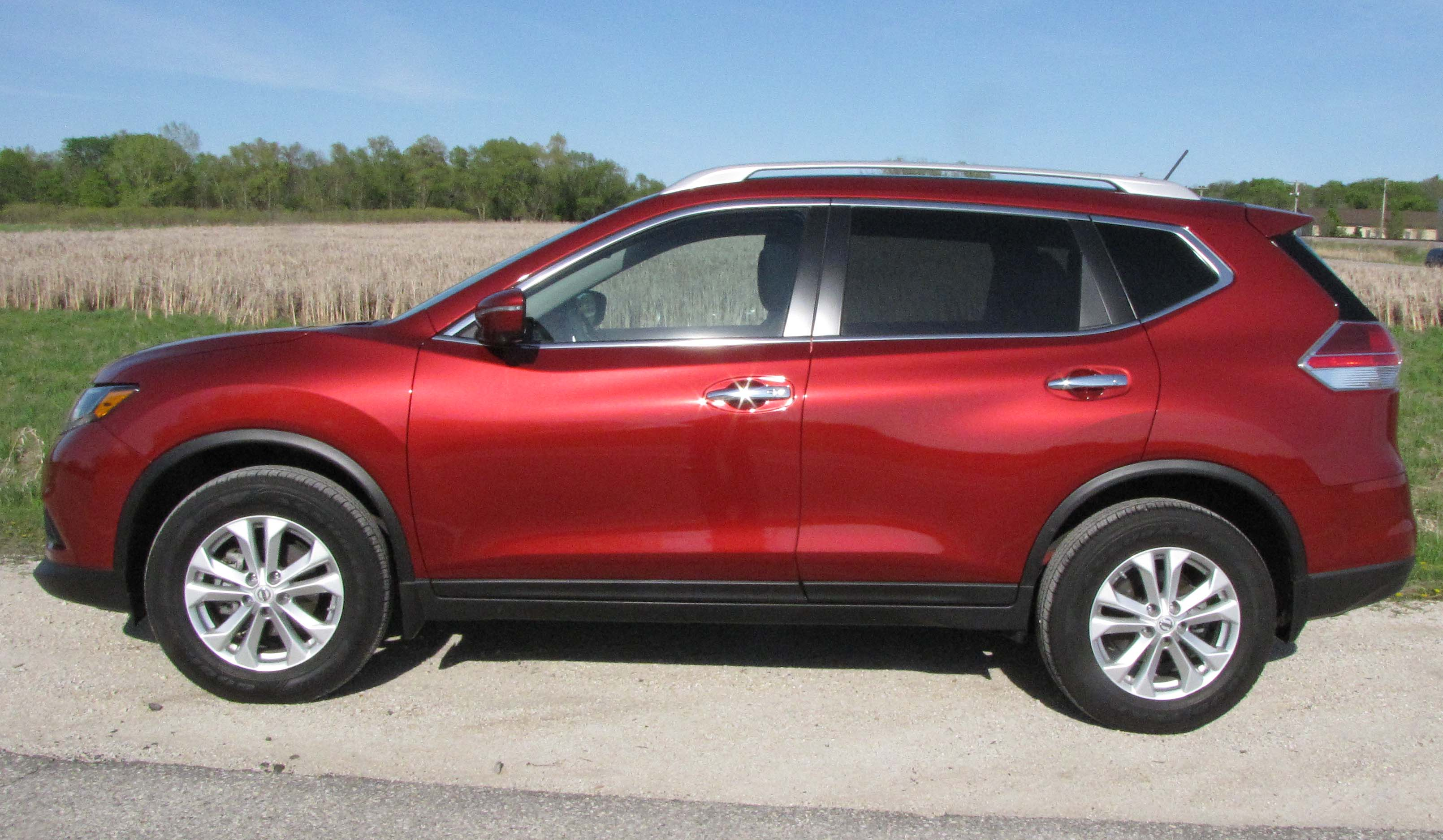 2015 nissan rogue sv awd savage on wheels. Black Bedroom Furniture Sets. Home Design Ideas