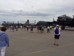 eaa, airventure ramp, b-52, lancaster, f-22