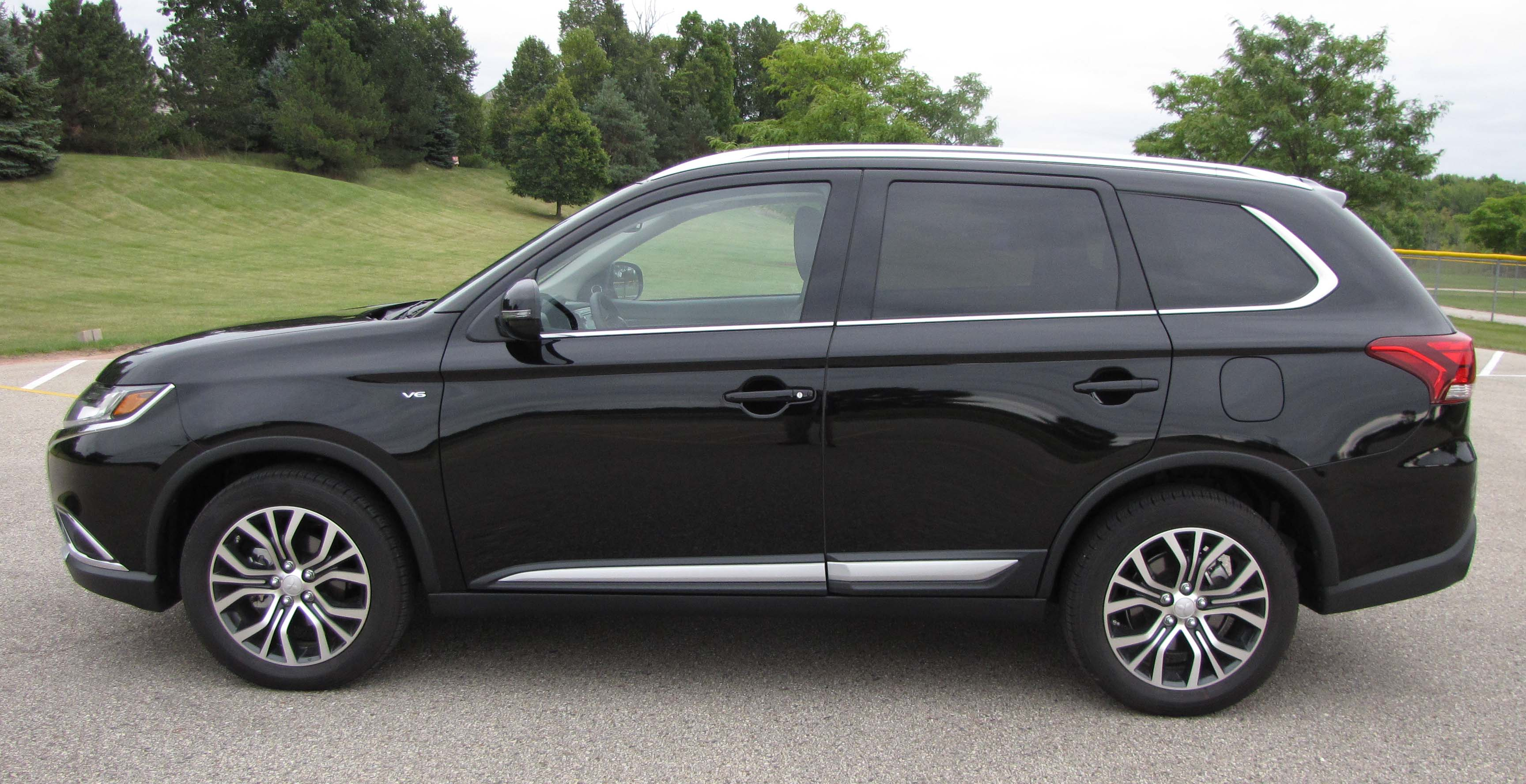 2016 Mitsubishi Outlander 3 0 GT S-AWC | Savage On Wheels