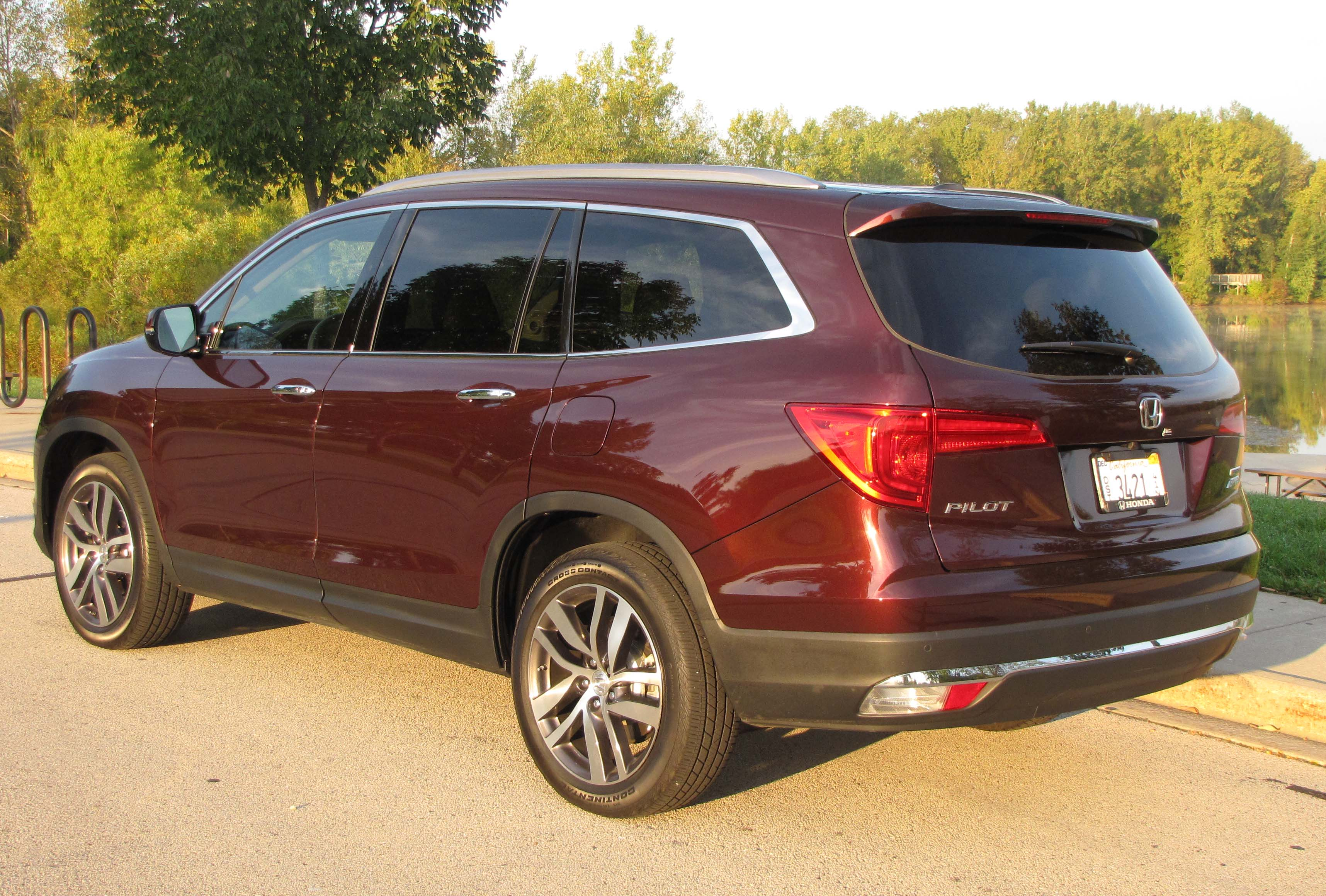 2016 honda pilot touring awd savage on wheels. Black Bedroom Furniture Sets. Home Design Ideas