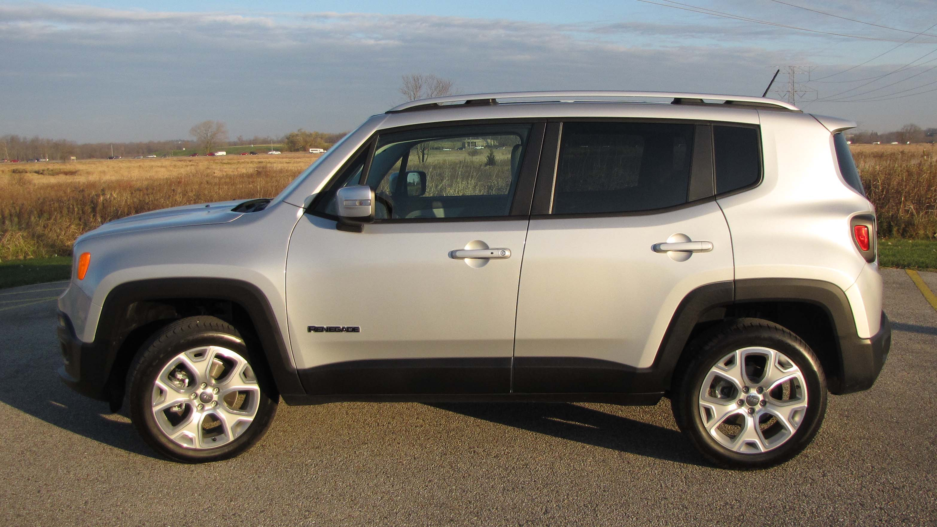 2015 jeep renegade limited 4 4 savage on wheels. Black Bedroom Furniture Sets. Home Design Ideas