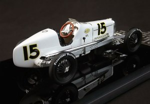 Frank Lockhart's 1926 Indy winner, No. 15.