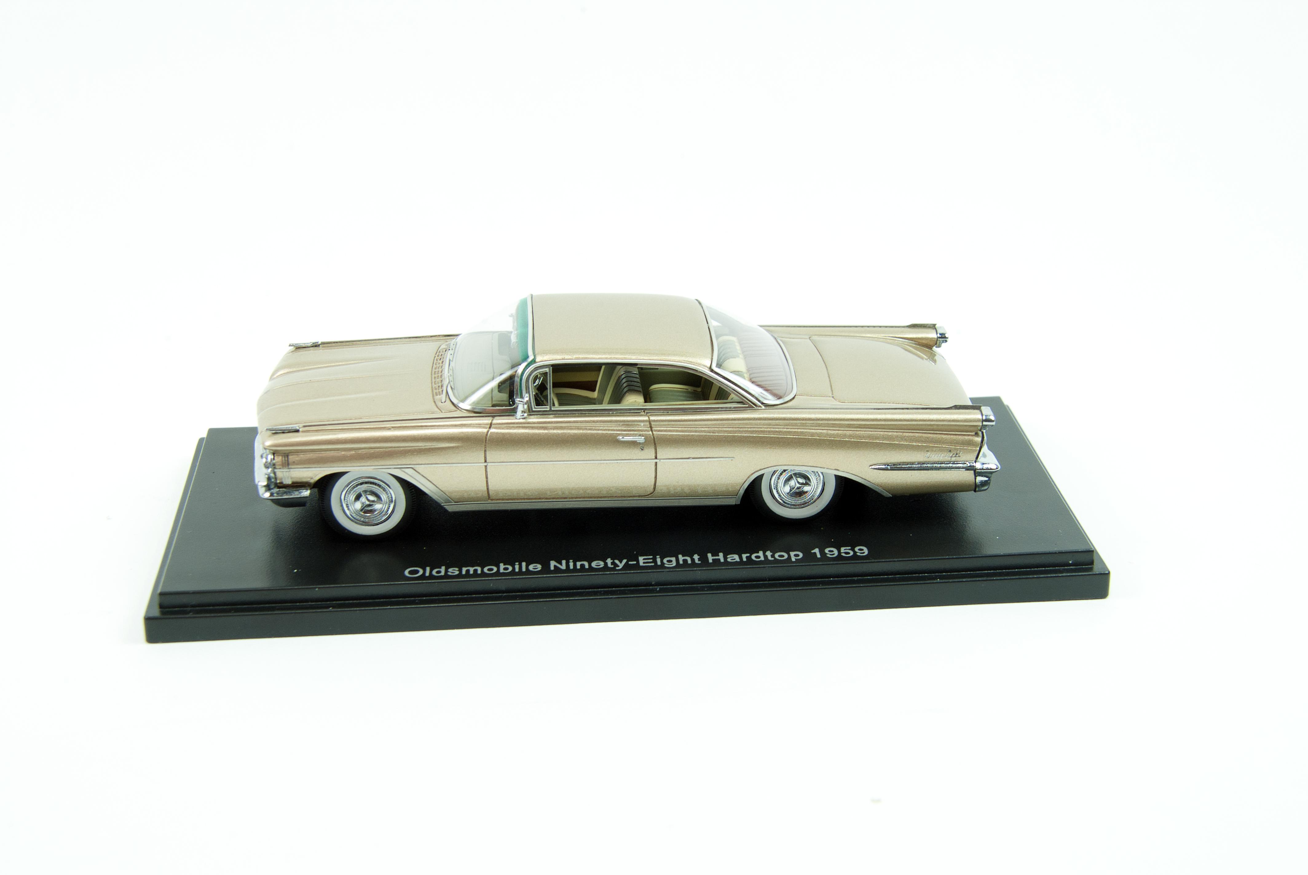 Neos 1959 Oldsmobile Ninety Eight Hardtop Savage On Wheels