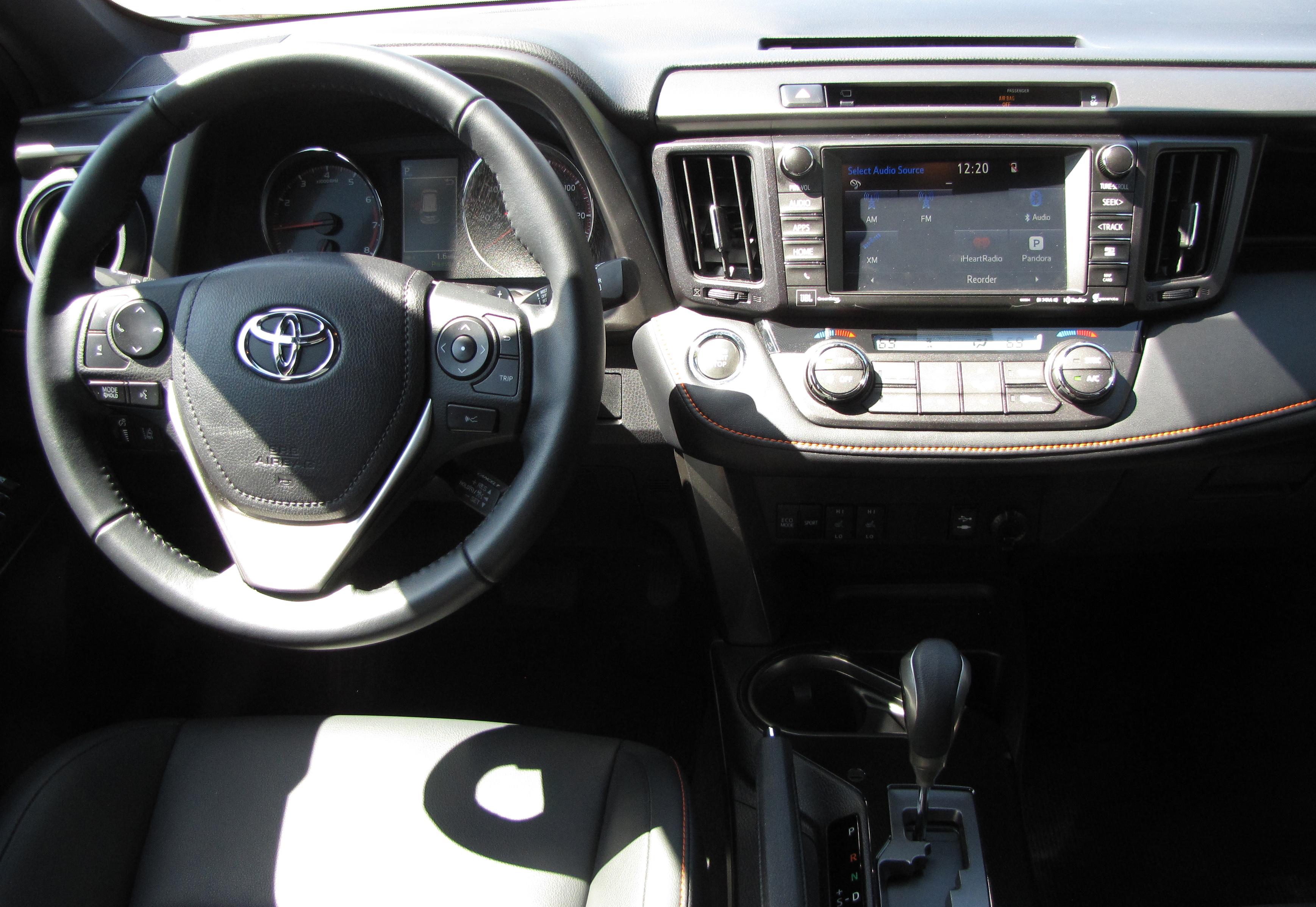 Toyota rav4 forester cr v ford escape crossover