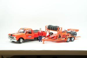 Replicarz Chevy pickup, trailer