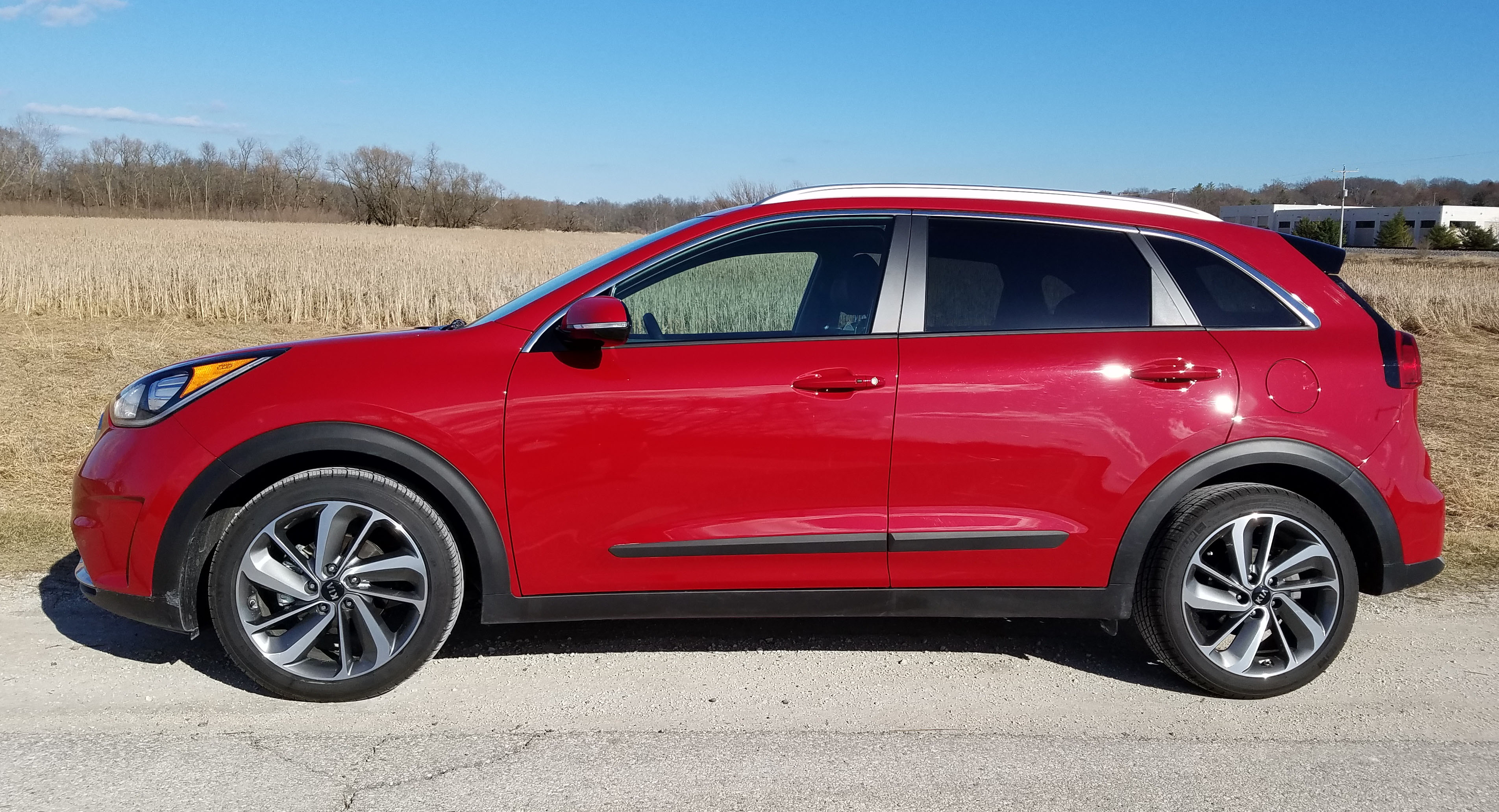 2017 kia niro touring savage on wheels. Black Bedroom Furniture Sets. Home Design Ideas