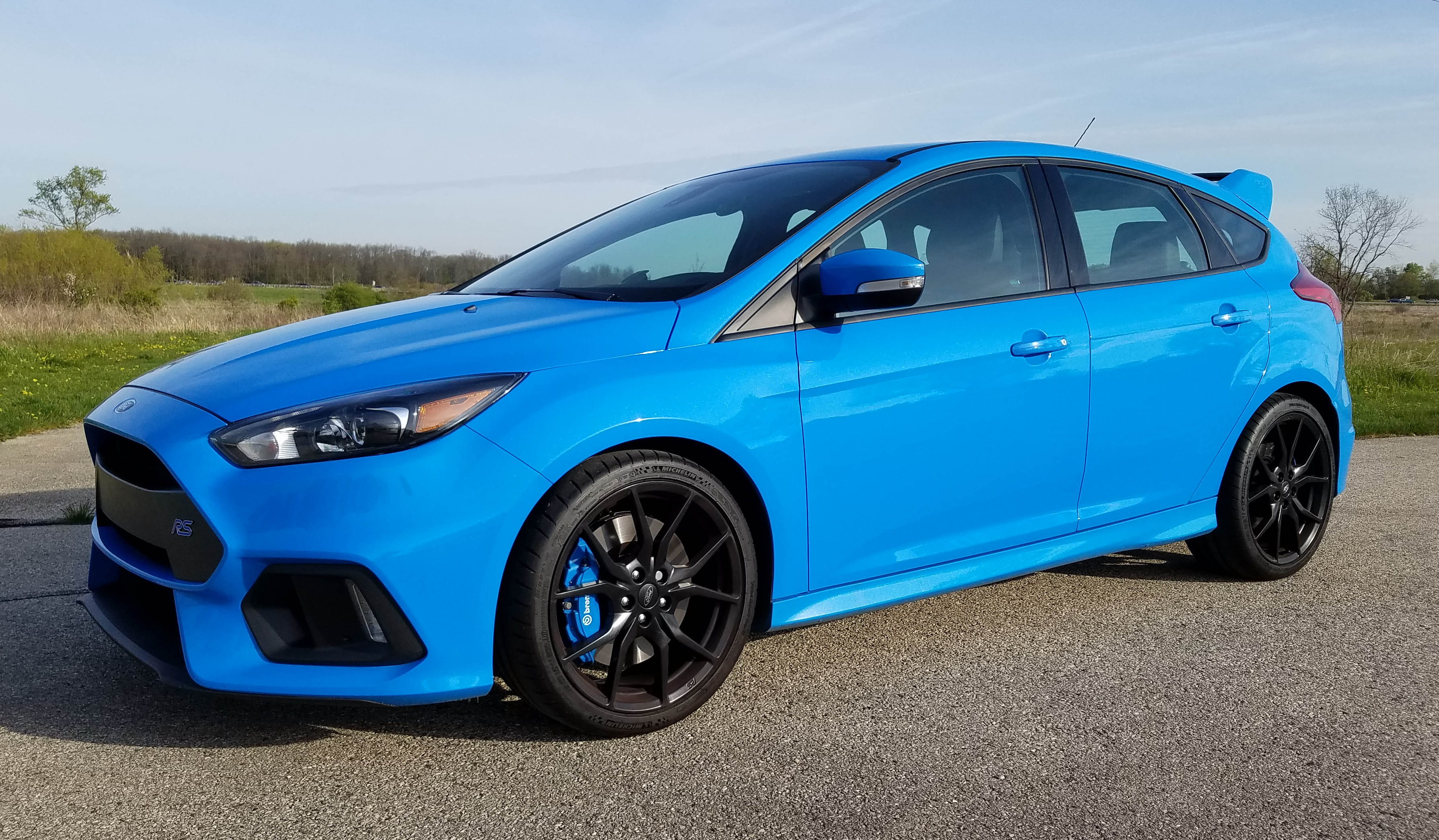 2017 ford focus rs savage on wheels. Black Bedroom Furniture Sets. Home Design Ideas