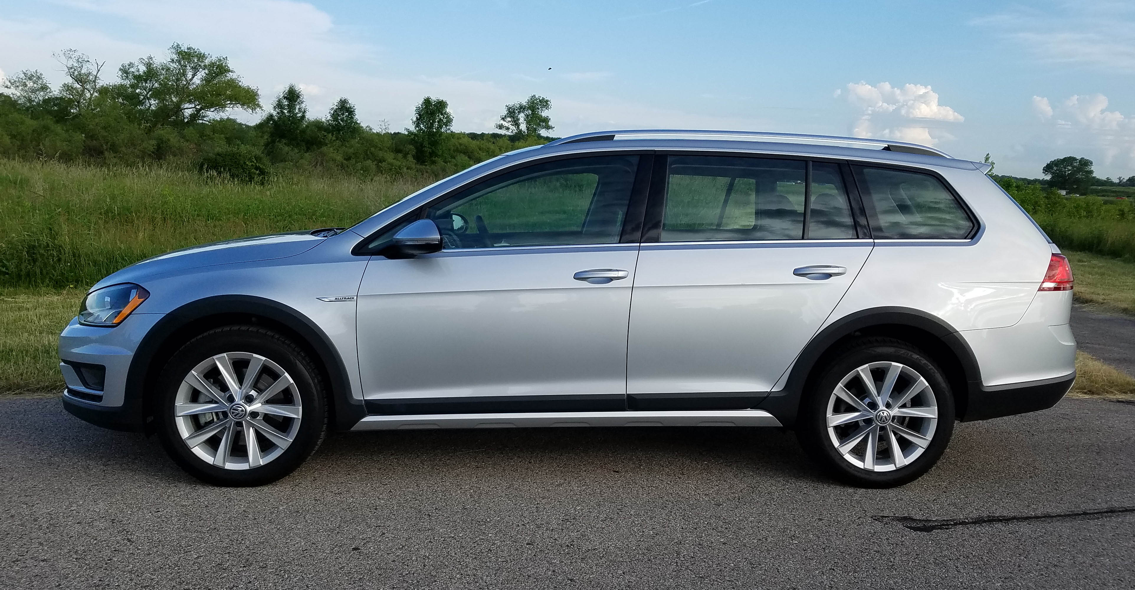 Volkswagen Golf Alltrack TSI SE Savage On Wheels - Vw alltrack invoice price