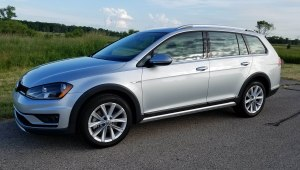 2017 VW Alltrack