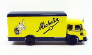 Ixo Michelin truck