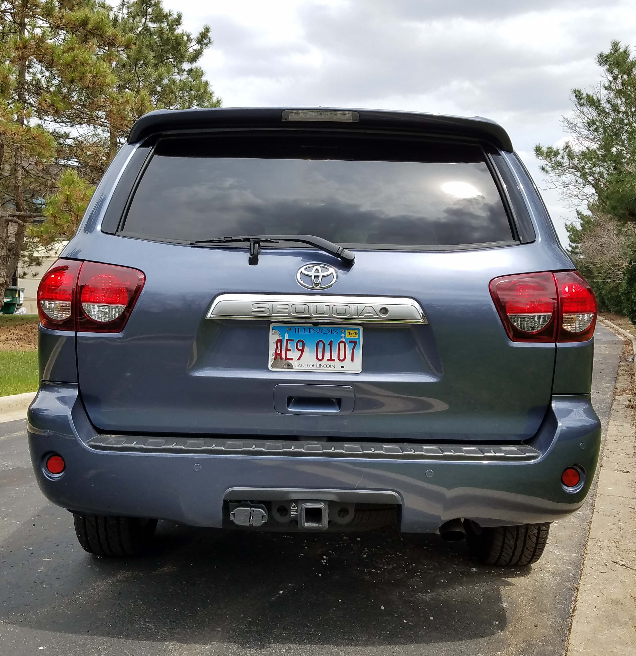 2018 Toyota Sequoia Review And Specs: 2018 Toyota Sequoia Limited 4×4