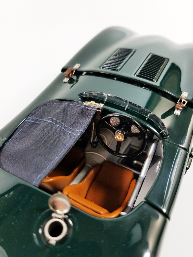 Die-cast: CMC's 1952 Jaguar C-Type