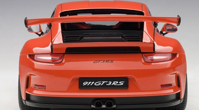 Die-cast: Autoart Porsche 911 GT3 RS