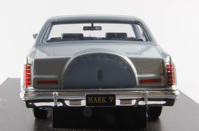 Die-cast: Automodello 1978 Lincoln Continental Mark V