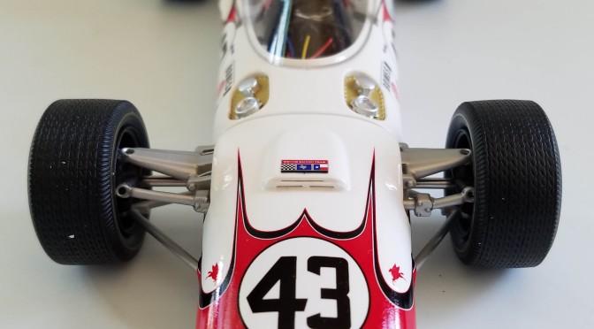 Die-cast: Replicarz's 1966 Indy 500 Lola T90/Jackie Stewart