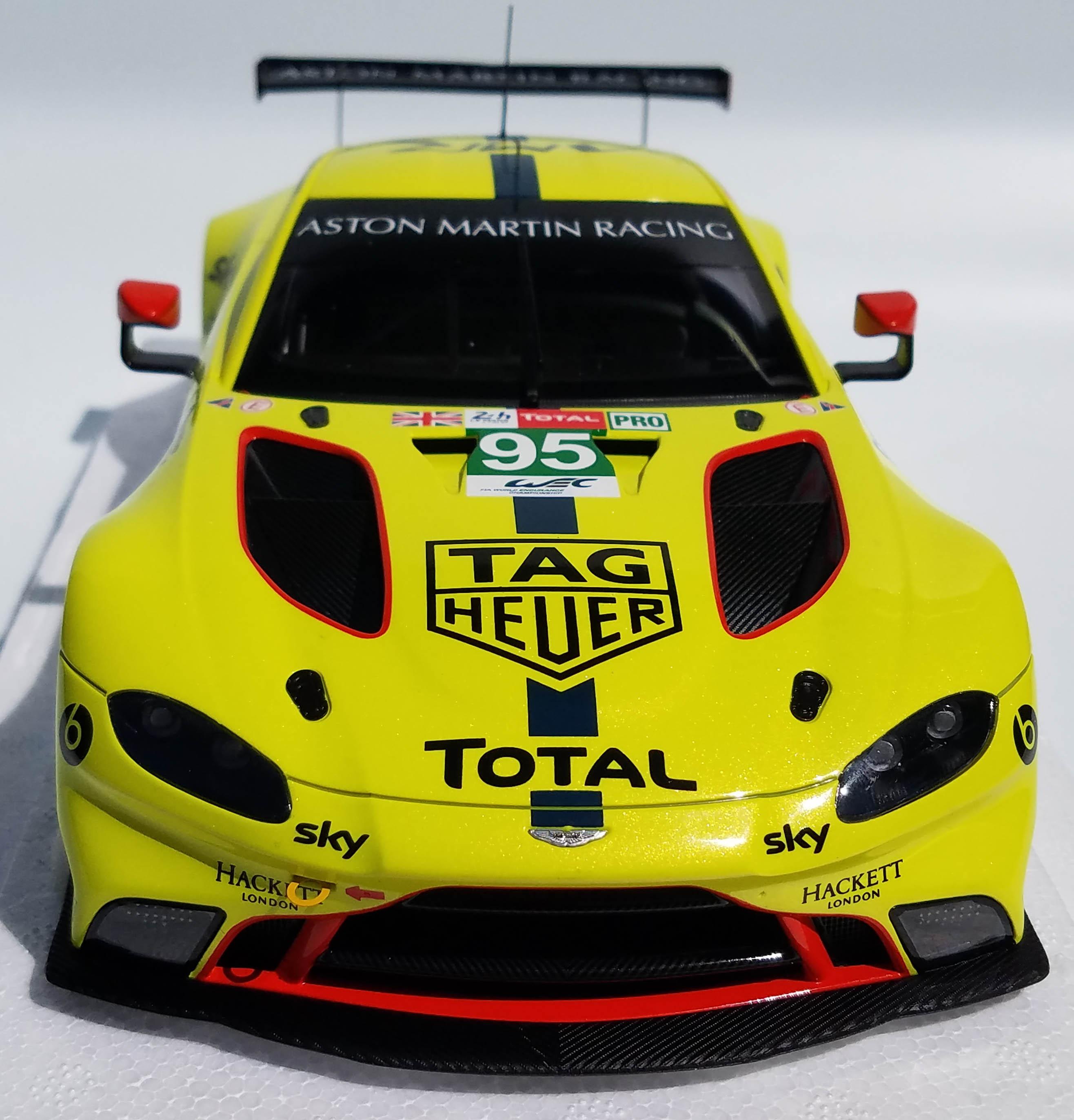 Die-Cast: Autoart Aston Martin Vantage GTE Le Mans