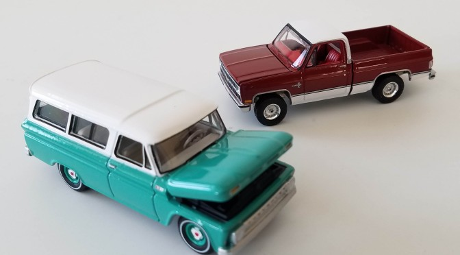 Die-cast: Auto World True 1:64 Premium 2021 releases