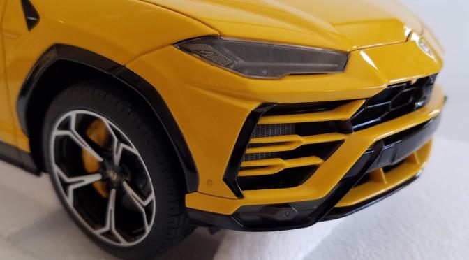 Die-cast: Autoart's Lamborghini URUS